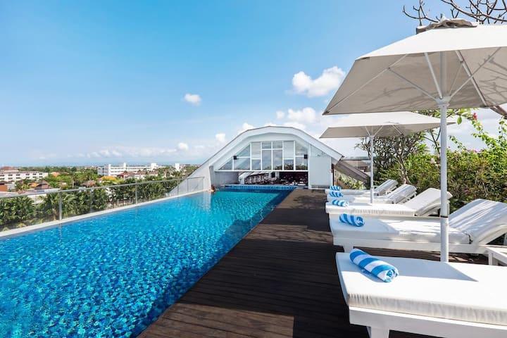 Superior Ocean with Rooftop Pool & Gym @Seminyak