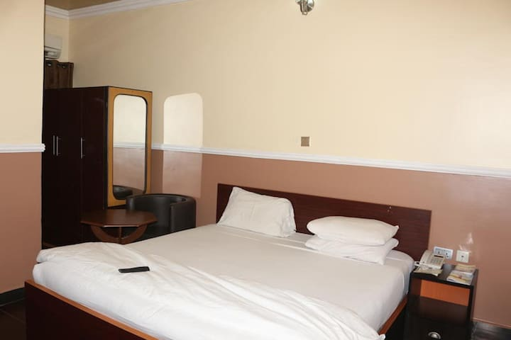 Entry Point Hotel  - Classic Room