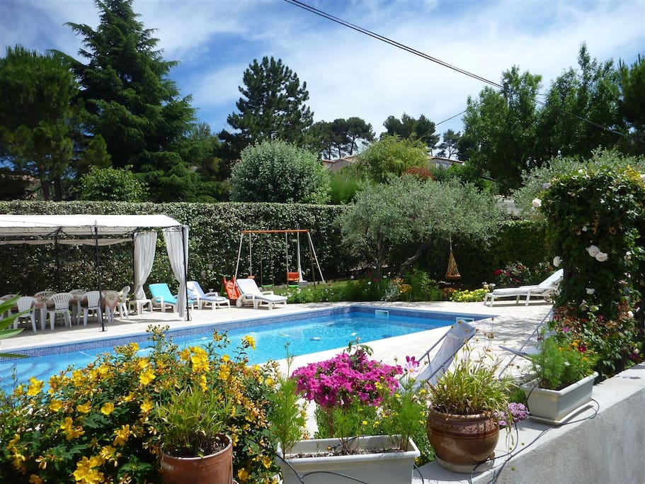 Maison d'hôtes « le 13 original » : la piscine