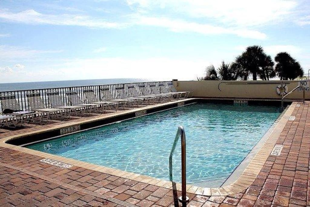 Large Heated pool overlooking the ocean