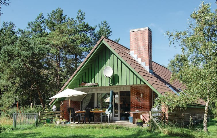 Holiday cottage with 2 bedrooms on 78m² in Løkken