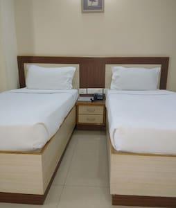 Twin suit room - Hyderabad - Bed & Breakfast
