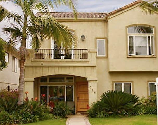 A Touch of Tuscany in Coronado, CA! - Coronado - Huis
