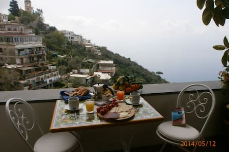 Nice house on the hill of Positano  - 波西塔諾