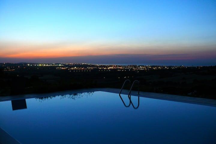 Villa con piscina a Gradara