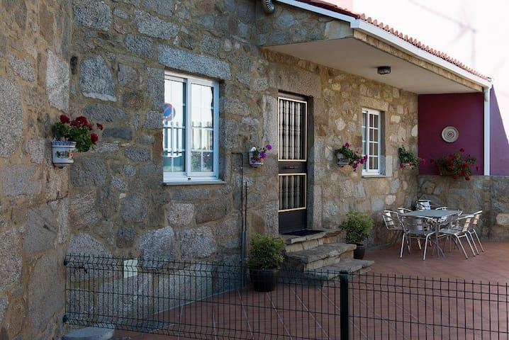 Quinteiro - 3km Catedral - 6 pers - Santiago de Compostela - Huis