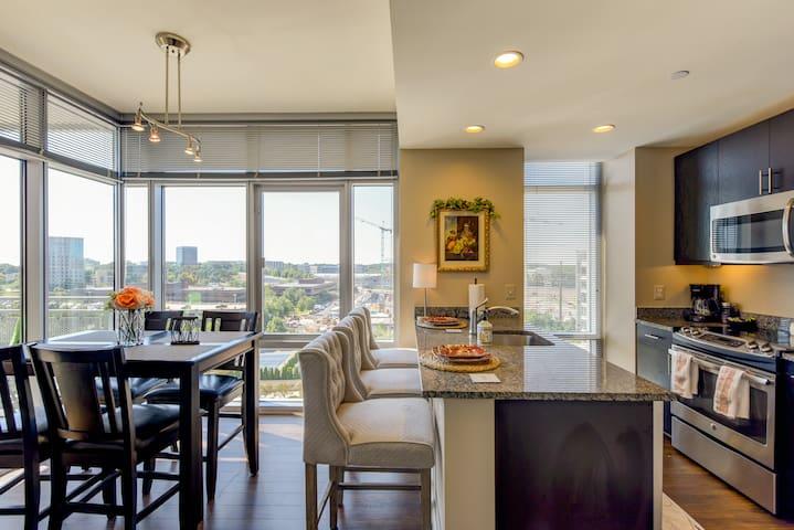 New Beautiful, Modern & Luxurious Stay