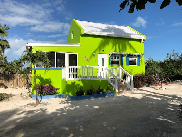 THAT LOVELY GECKO GUEST HOUSE - Grace Bay