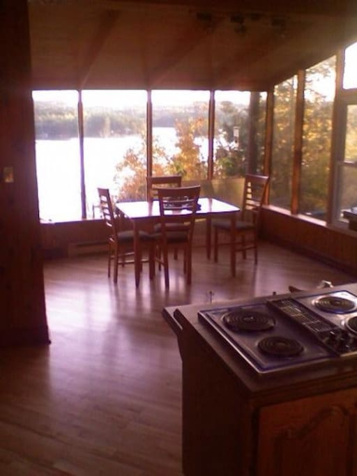 Cook a fantastic dinner while admiring the view.