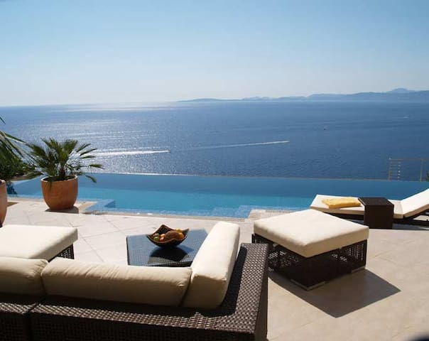 Modern Sunset Villa with a Breathtaking Sea-View! - Llucmajor - Villa