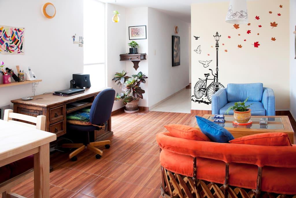 Living room. Sala y comedor.