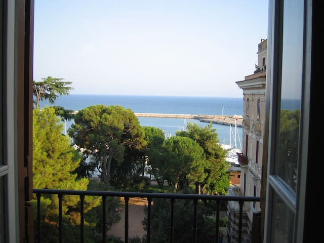 Elegant flat with exclusive seaview - ฟอร์เมีย - อพาร์ทเมนท์