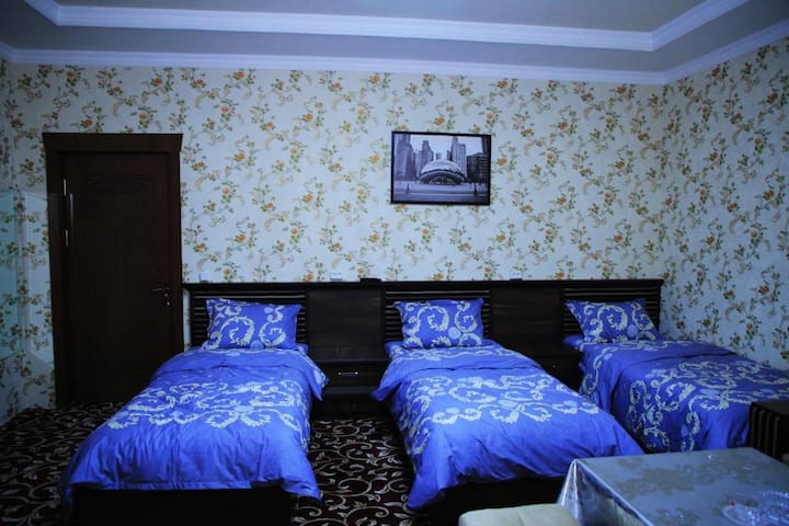 #3 Mehmon Saroy Hotel