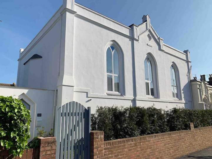 Gorgeous Converted Chapel in the Heart of Topsham