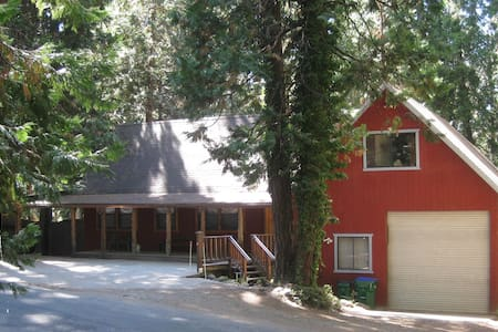 Spacious Cabin/Quiet/Snow&Lake Fun - Mi-Wuk Village