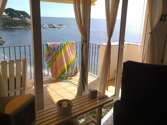 Apt. sea view in Calella de Palafrugell - Palafrugell - Apartment