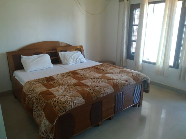 Comfortable rooms- in Rishikesh