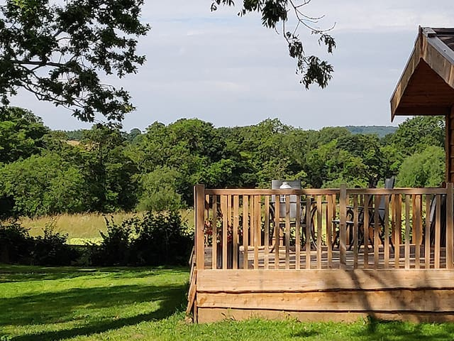 CURLEW LODGE: 5* luxury in the middle of nature