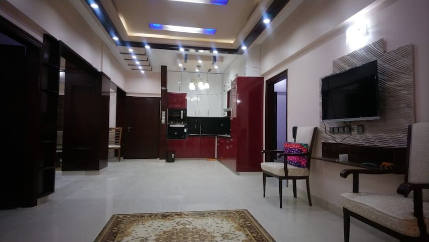 ENTIRE APARTMENT 3 BED ROOM WITH ATTACHED BATH