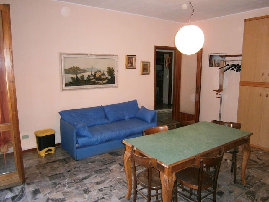 SPANZA PRIVATA    + divano letto a 2 posti