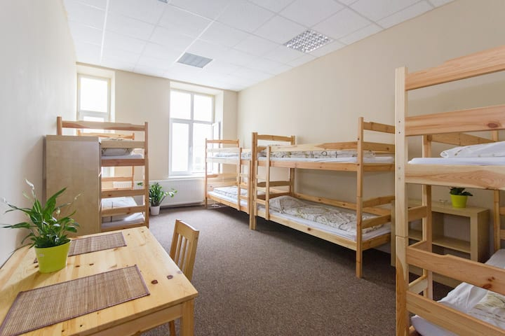 Miejsce w pokoju 8-osobowym