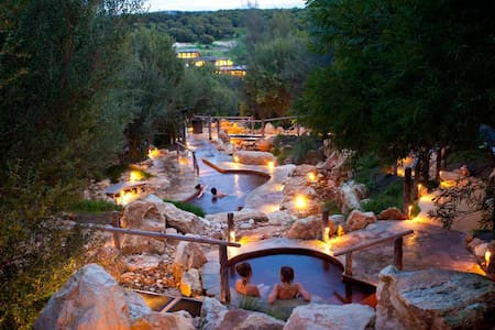 Northern Aspects B&B Hot Springs Package - Bed & Breakfast