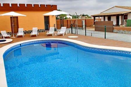 chalet con piscina+WIFI en Conil (50) - Conil de la Frontera