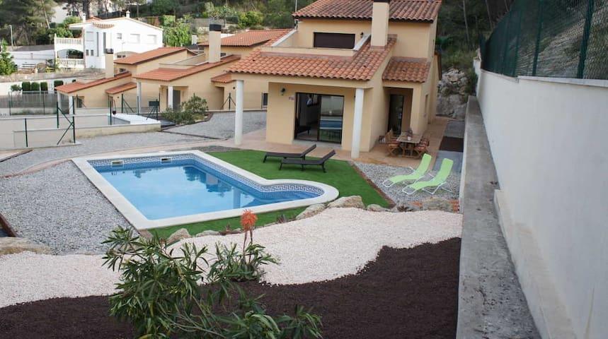 Bonita Villa a 8km. de Sitges - Olivella - Casa