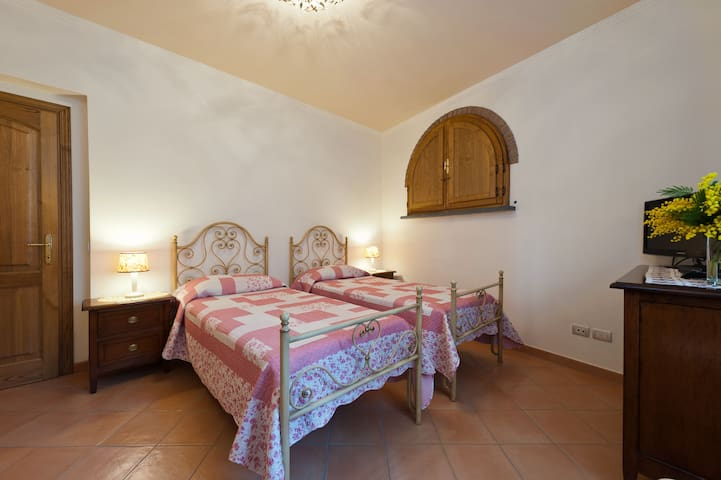 B&B Riomagno - new and comfortable! - Seravezza - Bed & Breakfast