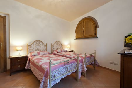 B&B Riomagno - new and comfortable! - Seravezza - 家庭式旅館