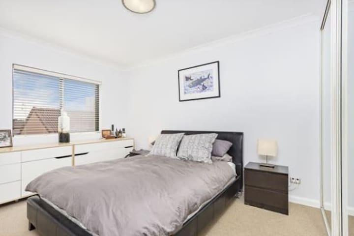 Sydney CBD - Private room w/own bathroom