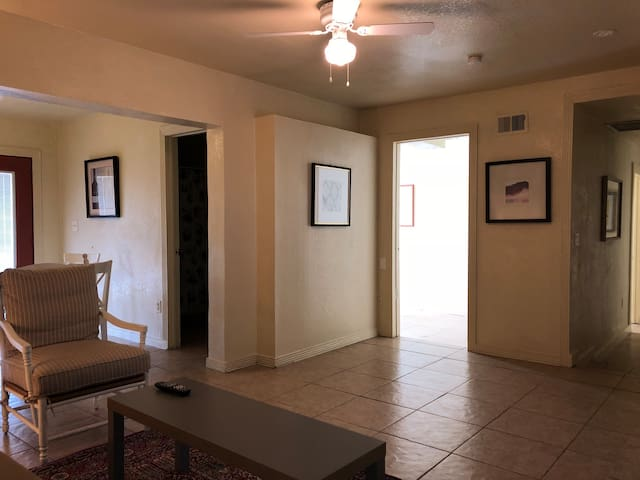 Midtown's two bedroom guest house in Downtown Phx