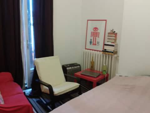 Jolie chambre privée dans appartement F2 de 60 m2