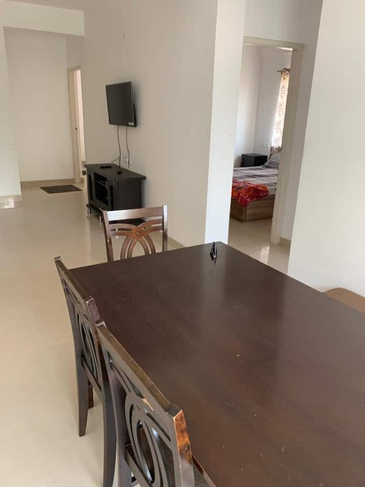 3 bhk fully furnished entire apartment,mysore