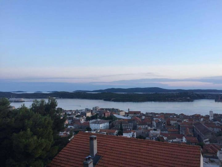 Rooms Sara-Sibenik archipelago view B