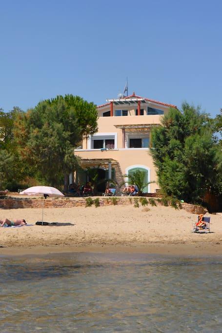 The villa built right onto the golden sandy beach of Karfas
