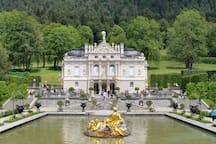 Castel Linderhof (by car about 20min)