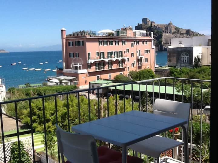 Very panoramic apartment with terrace
