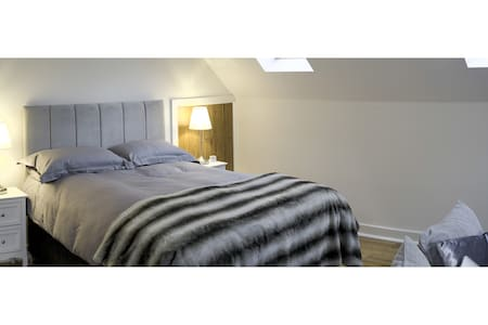 The Studio, Winchcombe, stylish retreat