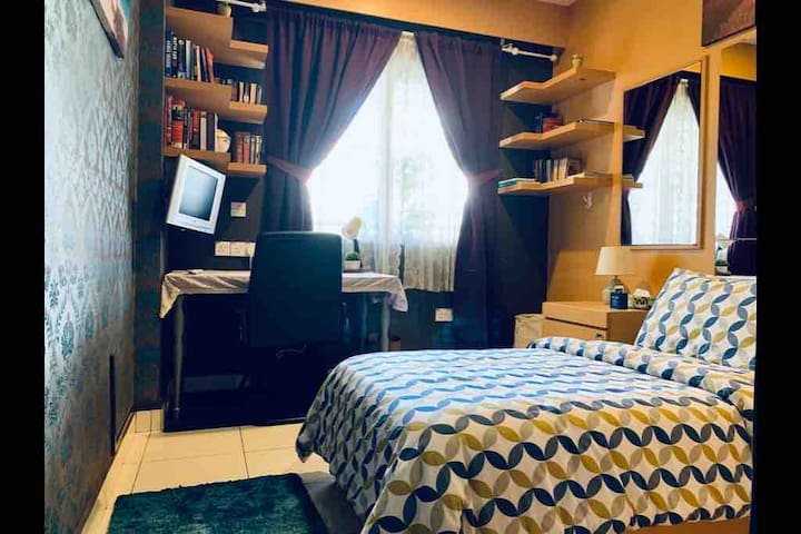 Boutique Style Single Room~20 Minutes to KL City!