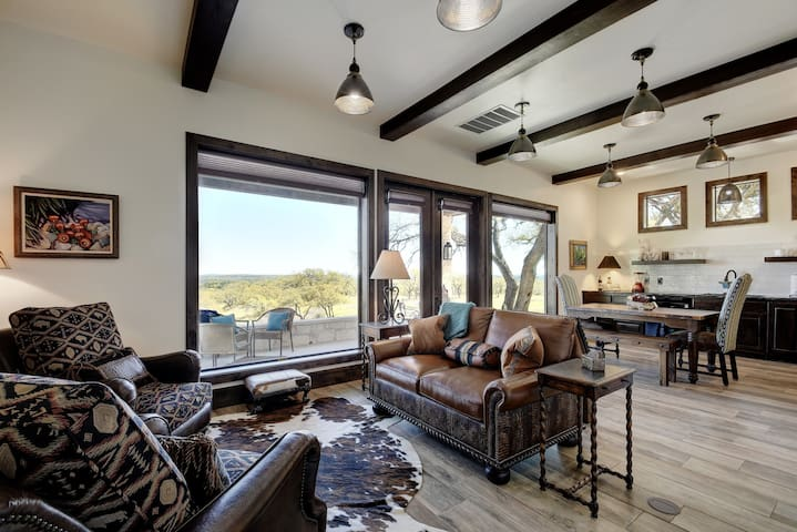 Adults Only Romantic Hill Country Getaway