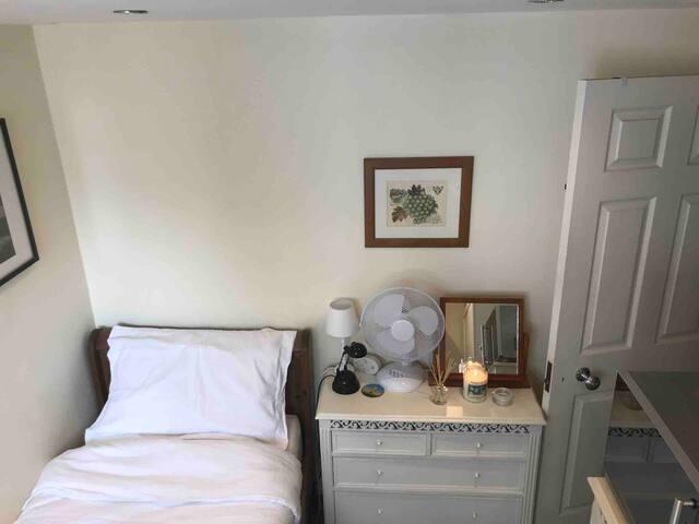 Single room, central Oxford (Jericho), Oxfordshire