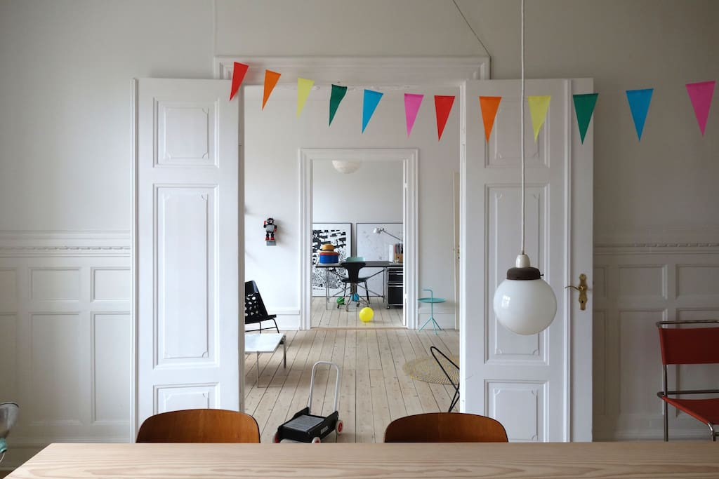 Dining, relaxing and working room