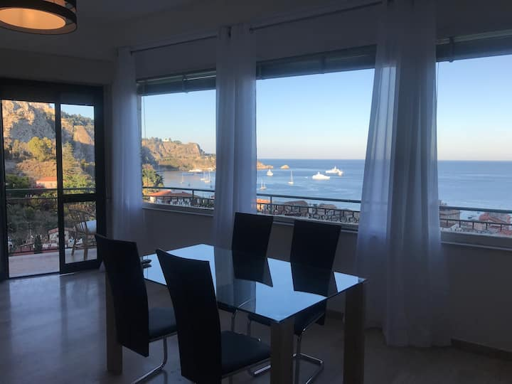 08/18 BRAND NEW OPENING [Baia Taormina Apartments]