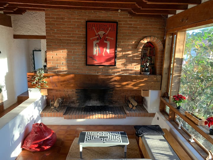 Double bedroom in  downtown Valle de Bravo