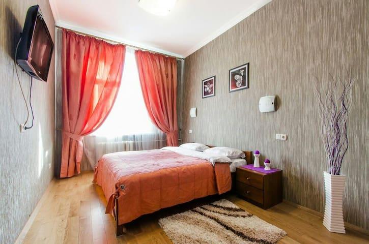 Исторический центр!Пр.Независимости,19 - 2 комнаты - Minsk - Apartment