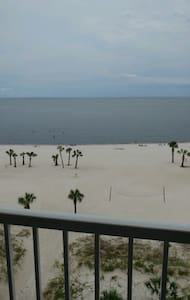 Seabreeze Condo (707) Biloxi,MS | Located On Beach - Biloxi