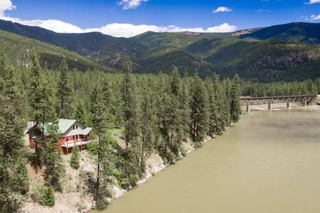 Stay Montana- 2 Day Cancel Waterfront Clark Fork River Lodge