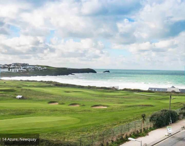 Stunning 3 bed apartment, views over Fistral Beach