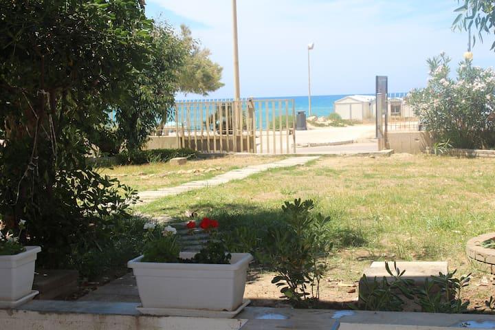 ORCHIDEA2 a 20 metri dalla spiaggia - Alcamo Marina - Apartamento